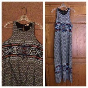 GIBSON LATIMER size M Aztec style MAXI dress